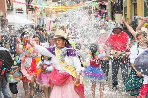 Carnaval - LivetheLifeinEcuador.com