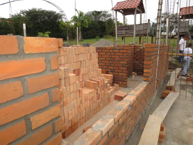 Ecuador home builders torrin brauch for Adobe construction cost